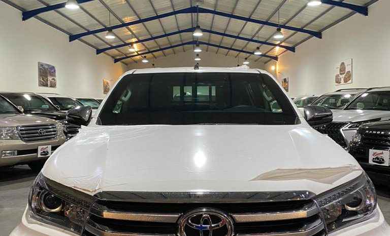 Toyota Hilux Armored Pick up ( Saudian ) full